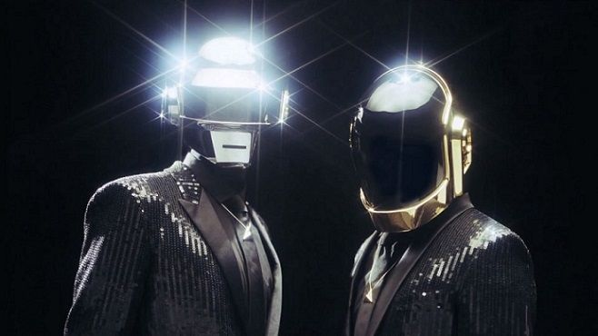 Daft Punk, Get Lucky: il nuovo singolo del duo elettronico [VIDEO]