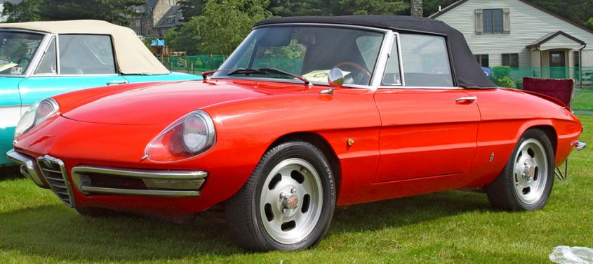 1967 Alfa Romeo Duetto Red