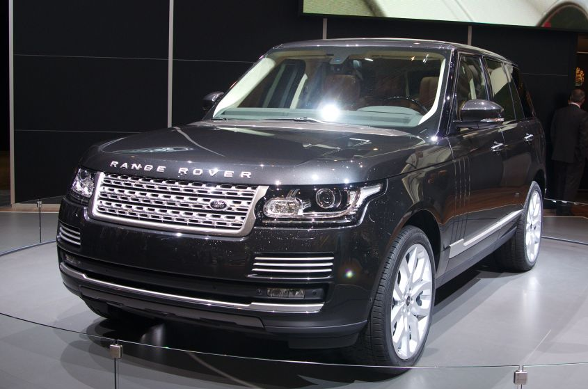 Land Rover Range Rover Autobiography front