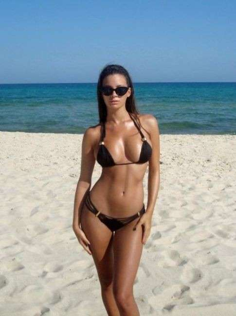 2012 burgas bulgaria topless beach girls 10