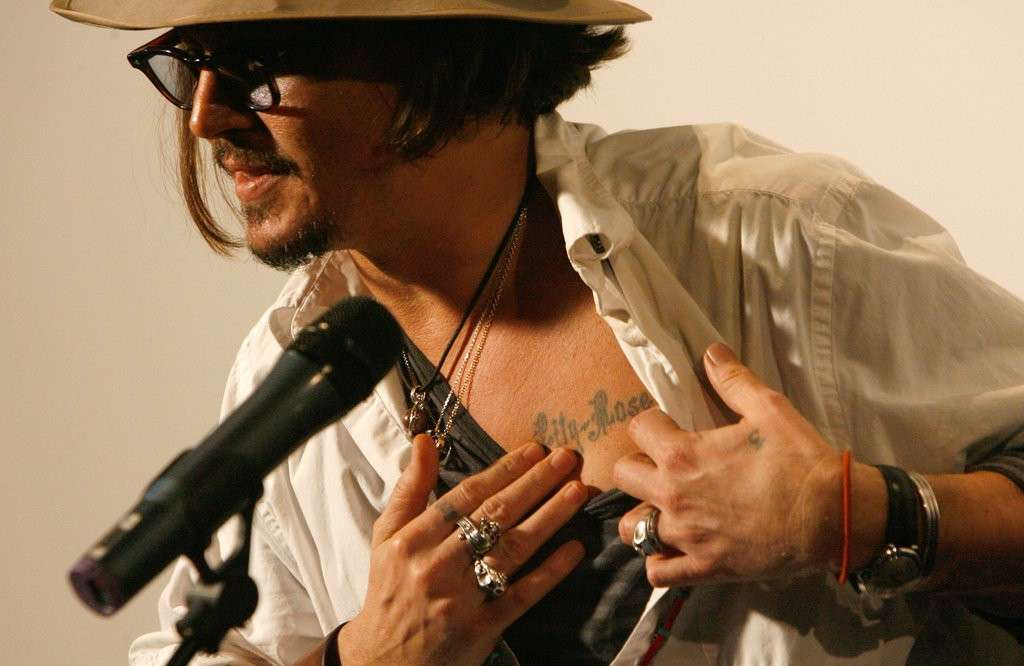 Johnny Depp tattoo sul petto