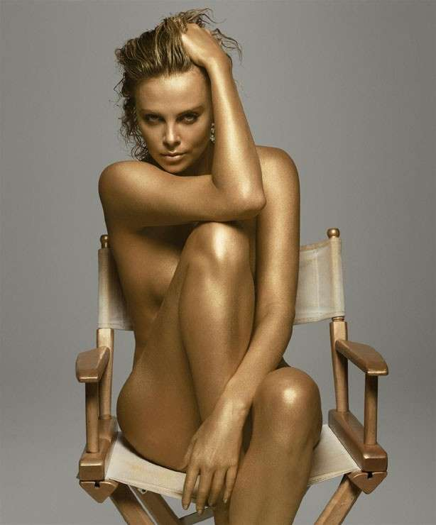 Charlize Theron, le foto più belle della sexy attrice