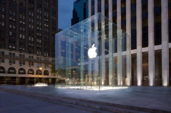 apple store vs tiffany