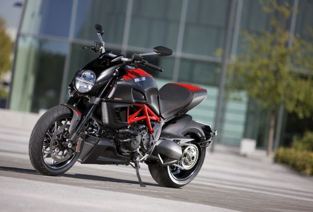 Ducati Diavel MY 2013 Front