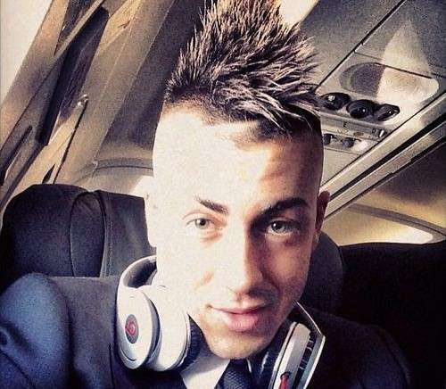 Le cuffie oversize di El Shaarawy