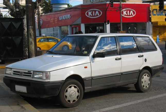 Fiat_Duna_1.6_SE_Weekend_1992_(10701502584)