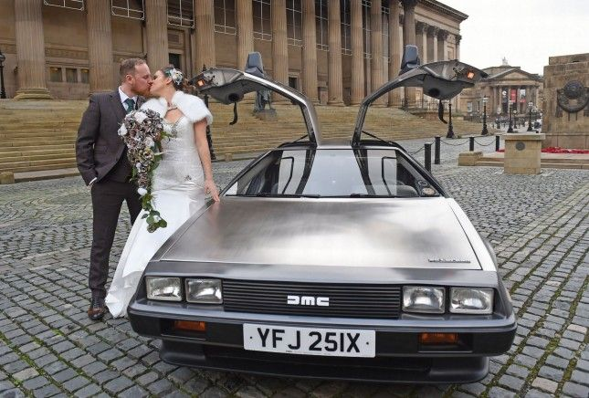 Delorean matrimonio