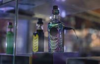 Svapare: ecco le differenze tra e-liquid e mix and vape