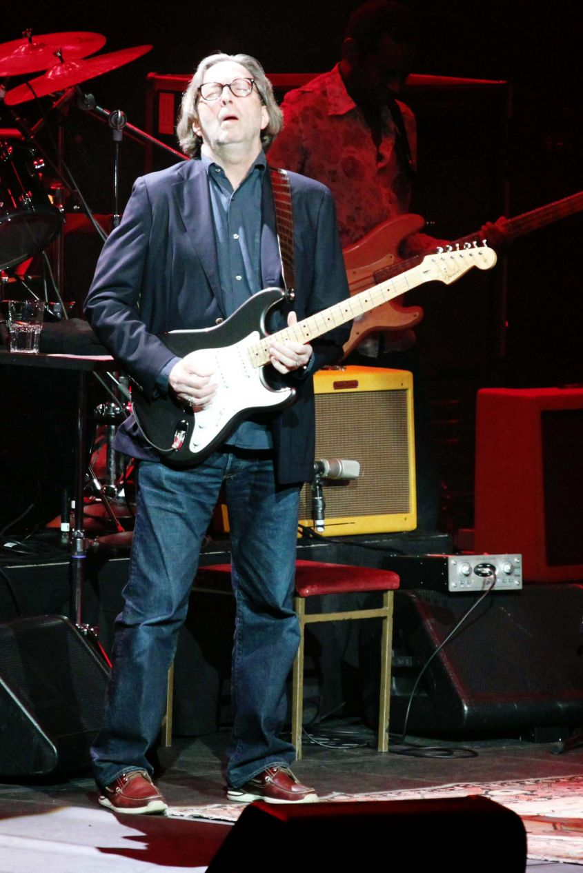 ERIC CLAPTON & JEFF BECK performing at Madison Square Garden on 2 19 2010