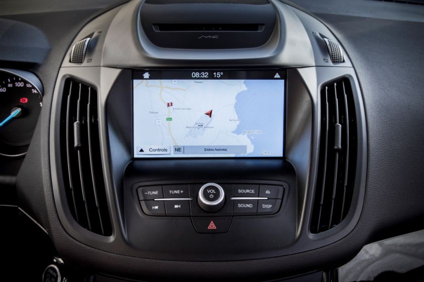 Ford kuga interni sync