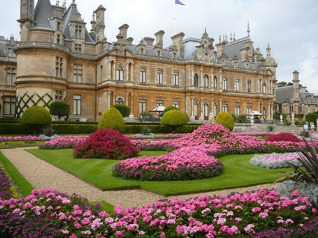 Waddesdon manor rothshield