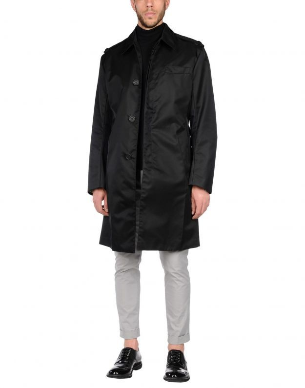 prada trench nero