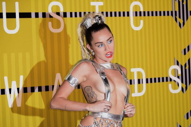 Red Carpet   MTV Video Music Awards 2015