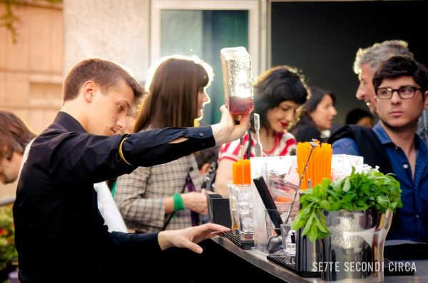 Disaronno Contemporary Terrace: aperitivo in musica a Milano