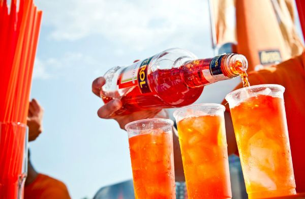 Aperol Spritz Live Tour 2012: date e location dell'aperitivo itinerante dell'estate