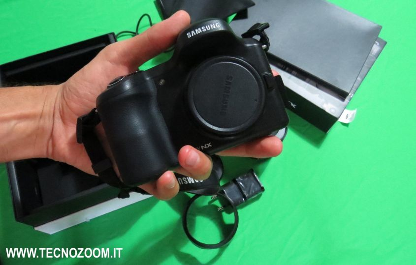 Samsung Galaxy NX: fotocamera semi-pro con Android [VIDEO]