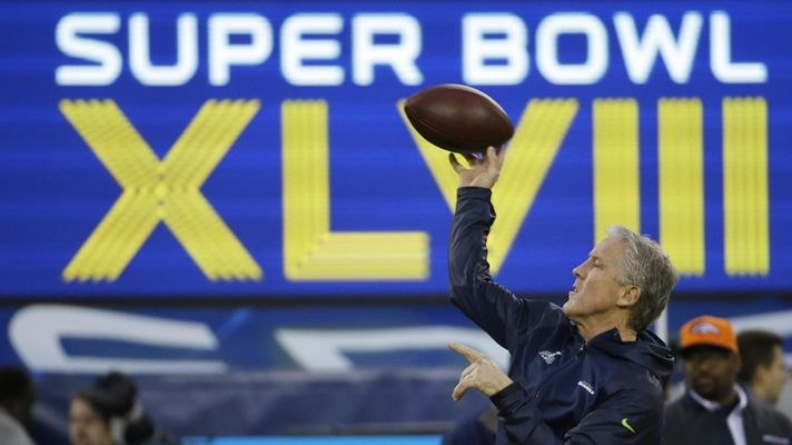 Super Bowl 2014, Seattle Seahawks-Denver Broncos 43-8: Wilson e Smith annullano Manning