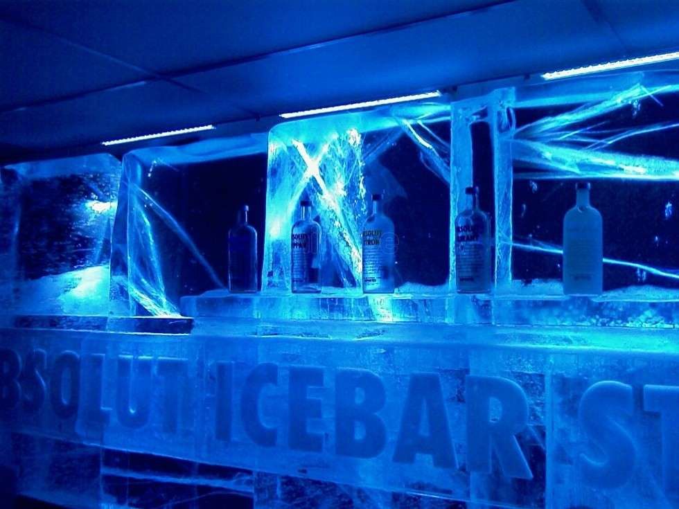 Bancone in ghiaccio all'Absolut Ice Bar - Stoccolma