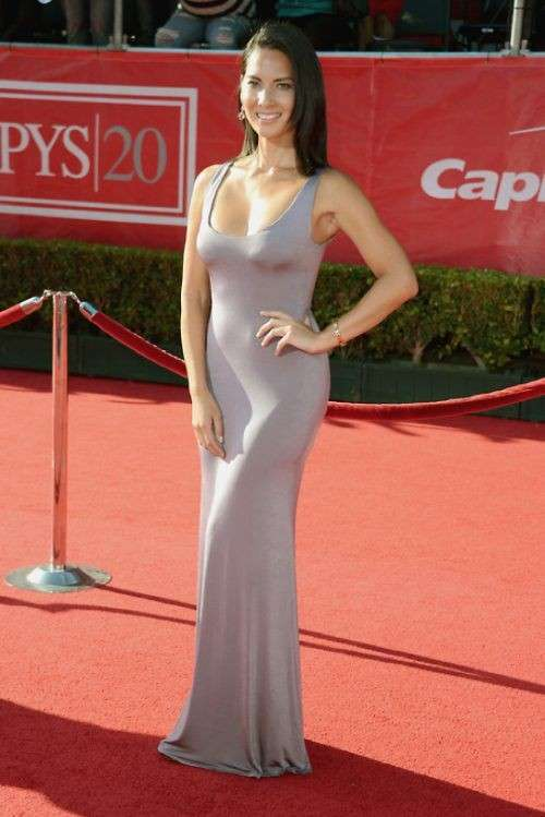 Olivia Munn sul red carpet