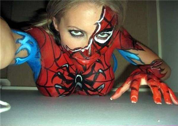Bodypaint spiderman