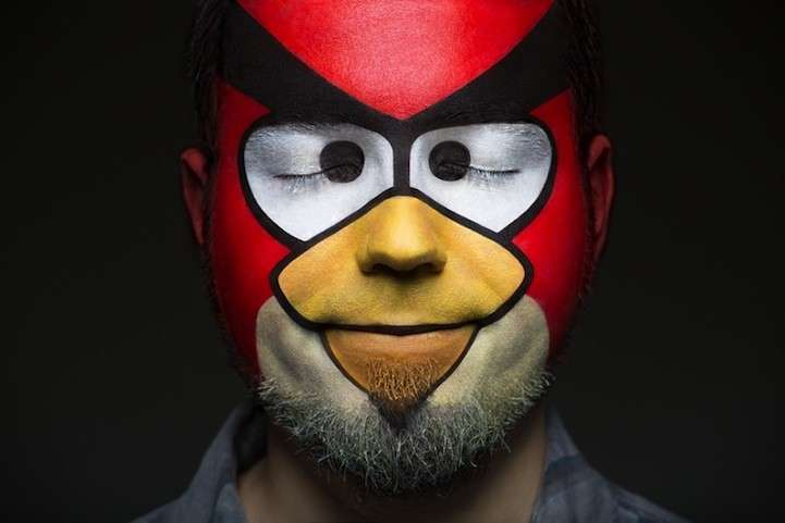 Angry Birds make up per Carnevale