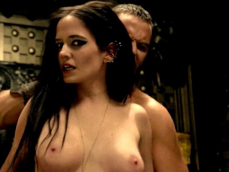 Eva Green hot senza veli