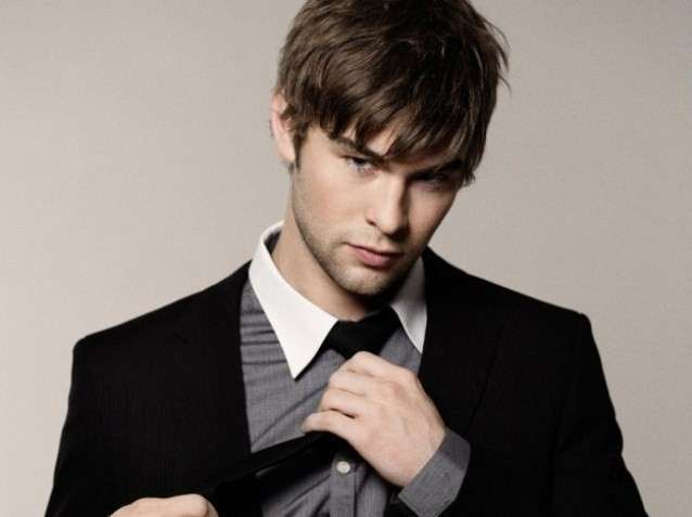 Chace Crawford look