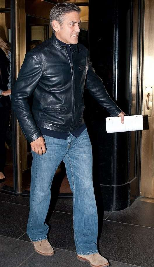 George Clooney in jeans