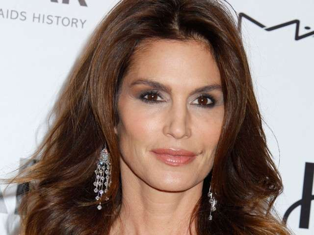 Cindy Crawford compie 50 anni nel 2016