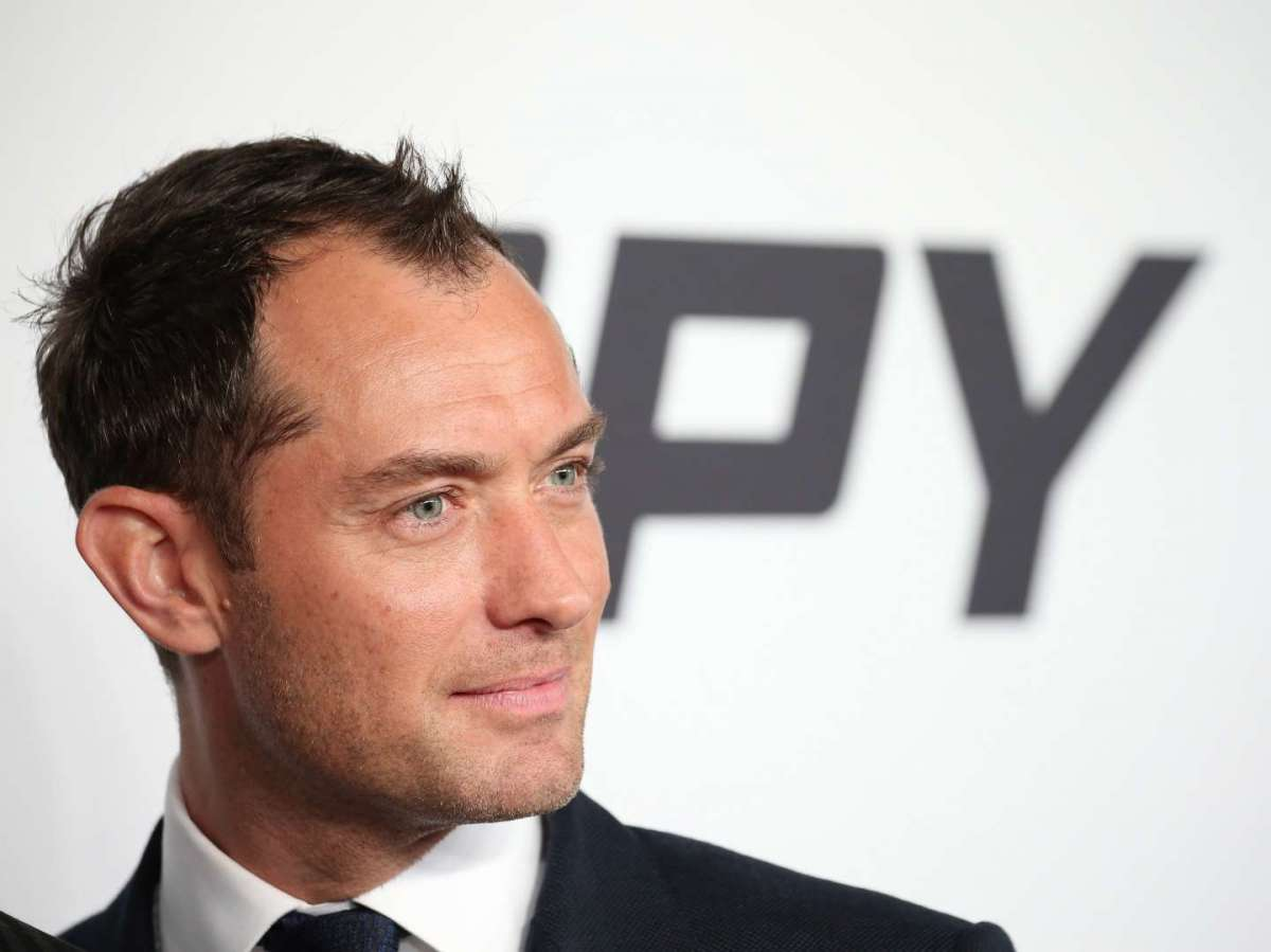 Hair style Jude Law