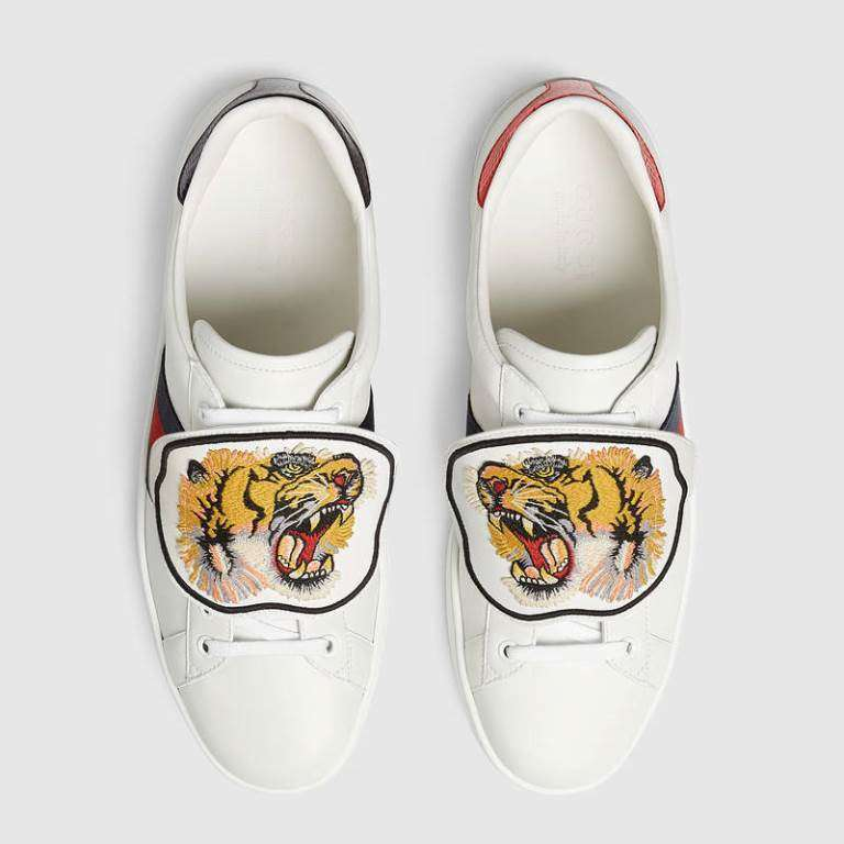 Sneakers con patch Gucci